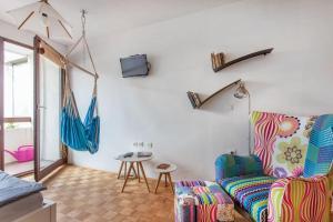 Apartment Living Colors
