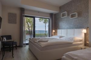 Deluxe Triple Room with Lake View Trend Hotel Siofok