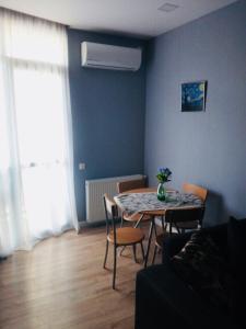 Apartment with balcony near King David residence, Apartmanok  Tbiliszi - big - 36