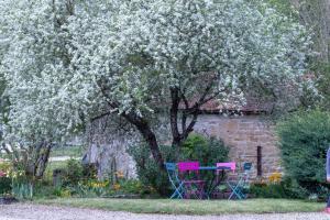 Location gîte, chambres d'hotes La Grande Vesvre dans le département Yonne 89