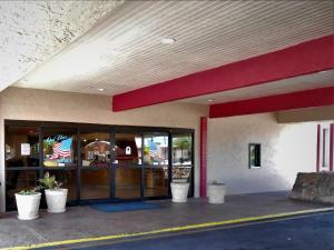 Ramada by Wyndham Mesa-Mezona Hotel, Hotel  Mesa - big - 27