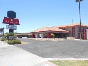 Ramada by Wyndham Mesa-Mezona Hotel, Hotel  Mesa - big - 16