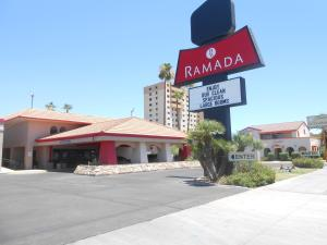 Ramada by Wyndham Mesa-Mezona Hotel, Hotel  Mesa - big - 31