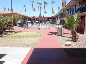 Ramada by Wyndham Mesa-Mezona Hotel, Hotel  Mesa - big - 12