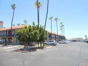Ramada by Wyndham Mesa-Mezona Hotel, Hotel  Mesa - big - 26
