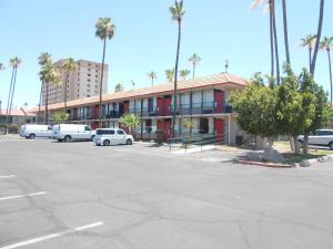 Ramada by Wyndham Mesa-Mezona Hotel, Hotel  Mesa - big - 28