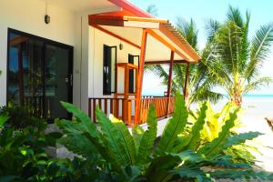 The Scenery Beach Resort - Baan Khai