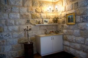 Beit Shalom Historical boutique Hotel, Hotely  Metula - big - 49