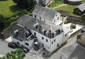 Location gîte, chambres d'hotes Parc Hôtel Pompadour dans le département Corrèze 19