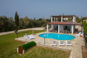 Villa Thalassa, Villen  Coral Bay - big - 28