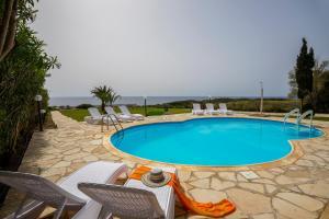 Villa Thalassa, Villen  Coral Bay - big - 32