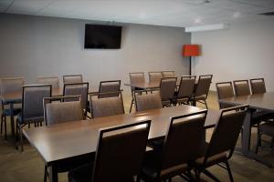 Country Inn & Suites by Radisson, La Crosse, WI, Hotels  La Crosse - big - 55