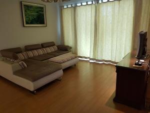 Xujiahui Apartment