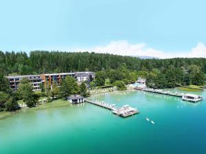 Amerika-Holzer Hotel & Resort