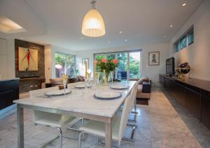 New Luxury Home Near Coogee Beach In Sydney - Sydney