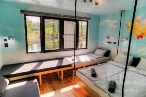 ArkaBarka Floating Hostel & Apartments (2 of 64)