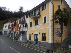 Accommodation in Uscio