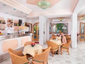 Hotel Terme La Pergola, Hotely  Ischia - big - 42