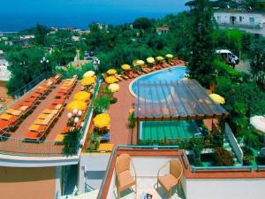 Hotel Terme La Pergola, Hotely - Ischia