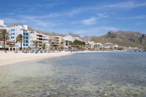 La Goleta Hotel de Mar (1 of 49)