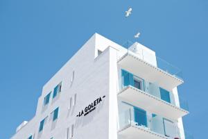 La Goleta Hotel de Mar (2 of 49)