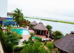 Hotel Bon Voyage