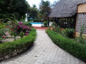 __{offers.Best_flights}__ Hotel Nema Kadior