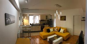 Luminous apartment