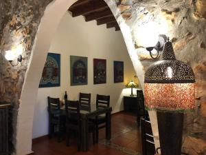 Beit Shalom Historical boutique Hotel, Hotely  Metula - big - 77