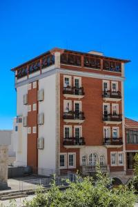 Mervin Hotel - Burrel