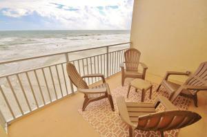 Sea Coast Gardens II 404, Prázdninové domy  New Smyrna Beach - big - 1