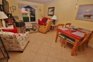 Sea Coast Gardens III 117, Dovolenkové domy  New Smyrna Beach - big - 15