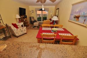 Sea Coast Gardens III 117, Dovolenkové domy  New Smyrna Beach - big - 16