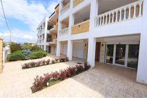 Eleonas Apartments