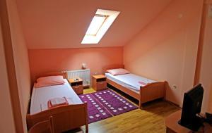 Apartments Klanac, Guest houses  Osijek - big - 3
