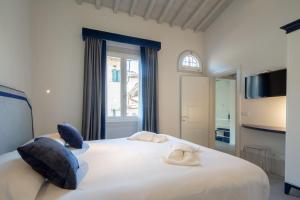 Carapelli Apartments - Флоренция