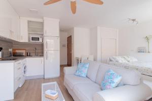 Homey East Seaside Studio, Апартаменты  Ринкон-де-ла-Виктория - big - 19