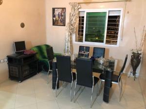 Fes Apartment, Ferienwohnungen  Douar Trhaïtia - big - 12