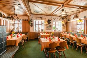 Gasthof & Hotel Goldene Krone, Szállodák  Iphofen - big - 29
