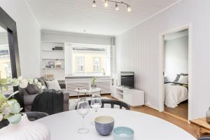 Nordic Host Apts - Close to Royal Palace - Observatorie Gata 10