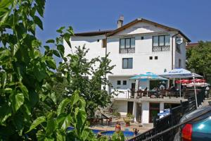 Family Hotel Joya, Hotel  Varna - big - 8