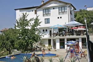 Family Hotel Joya, Hotel  Varna - big - 20