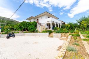 Apartment Bailo, Ferienwohnungen - Trogir