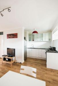 Studio 106 with balcony, Apartmány  Fremantle - big - 4