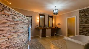 Meander Manor, Guest houses  Ballito - big - 71