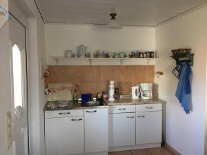 Ferienbungalow Klein Schweden, Apartments  Ostseebad Koserow - big - 12