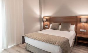 BS Principe Felipe - Hotel - Albolote