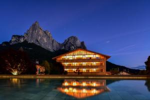 Vitalpina Wanderhotel Europa - Hotel - Alpe di Siusi/Seiser Alm