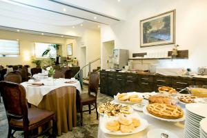 Pinewood Hotel Rome, Hotels  Rome - big - 28