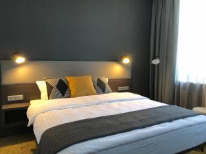 Hotel Kolumbs, Hotel  Liepāja - big - 63